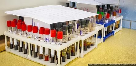 Шприц для взятия крови из вены